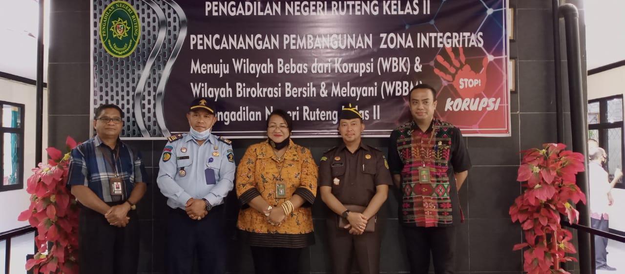 Pencanangan pembangunan zona integritas menuju wilayah bebas dari korupsi (WBK)dan Wilayah birokrasi bersih dan melayani (WBBM)